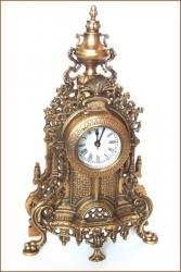Часы каминные. Высота 40 см. Латунь