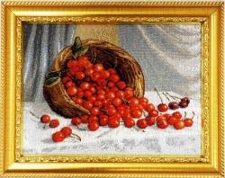 """Картина гобеленовая """"Корзина с ягодами"""". Размер 28х21. Россия"""